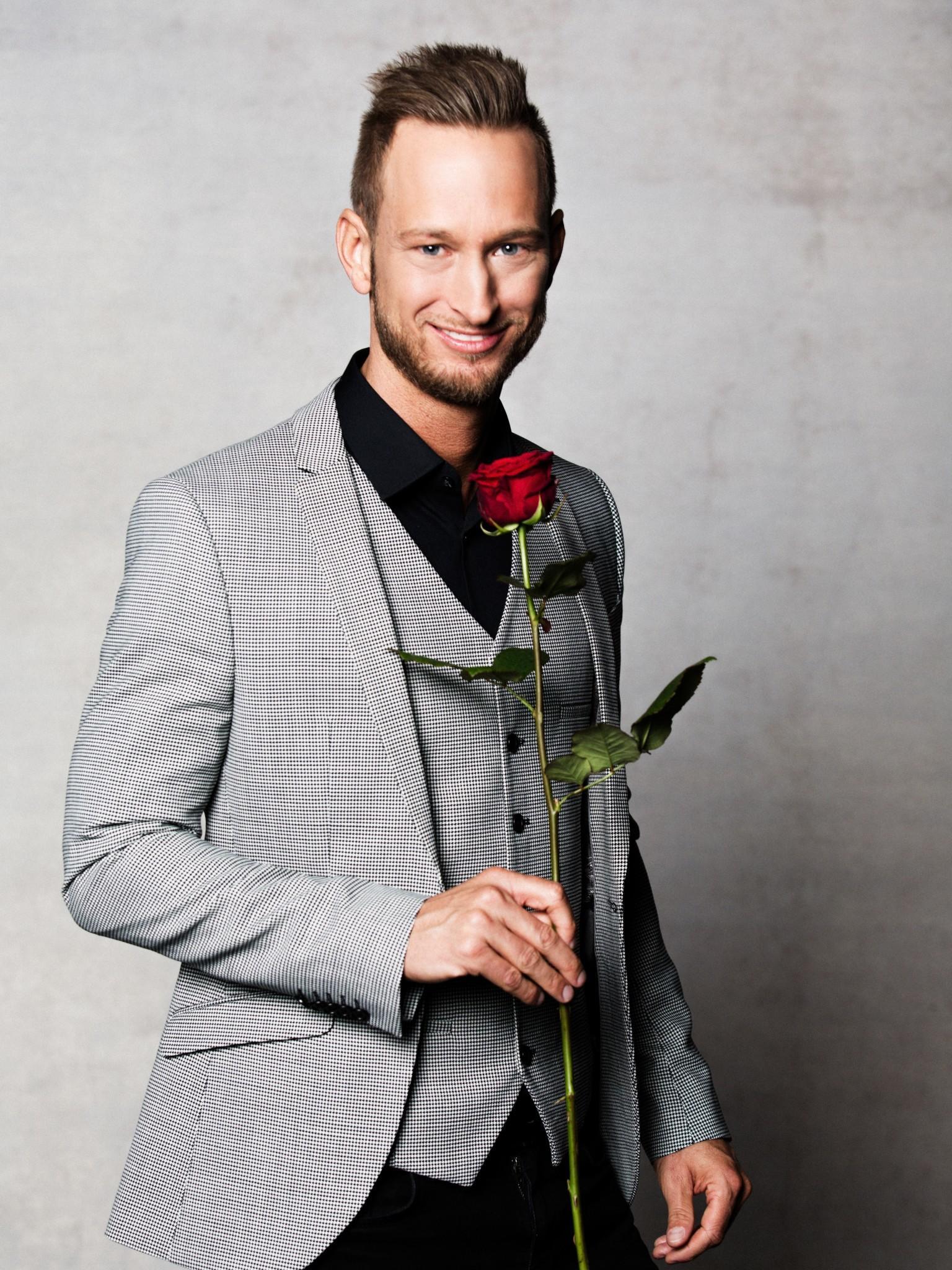 slutty face singlereisen für frauen ab 50 what and younger