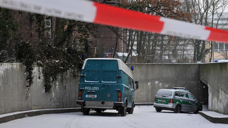 bank berfall in berlin einbrecher graben 30 meter tunnel. Black Bedroom Furniture Sets. Home Design Ideas