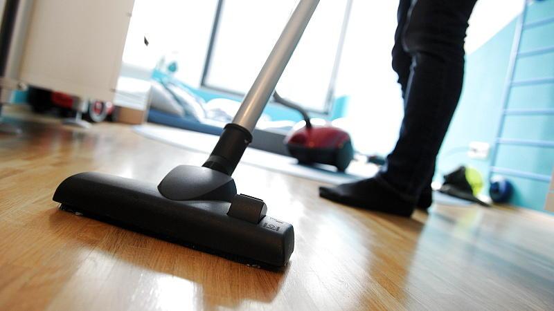 staubsauger im test der schmutz geht auch mit wenig. Black Bedroom Furniture Sets. Home Design Ideas