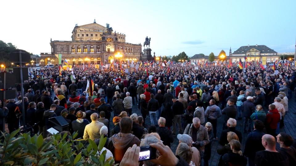 Briefe Von Kanada Nach Deutschland : Kanada rät von reisen nach ostdeutschland ab