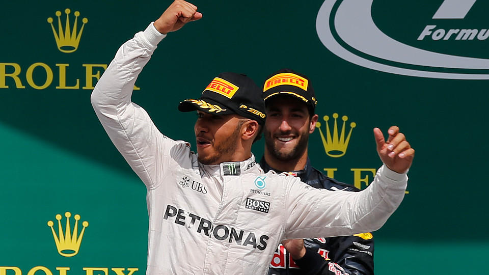 formel 1 lewis hamilton siegt beim deutschland gp in hockenheim nico rosberg mit startproblemen. Black Bedroom Furniture Sets. Home Design Ideas