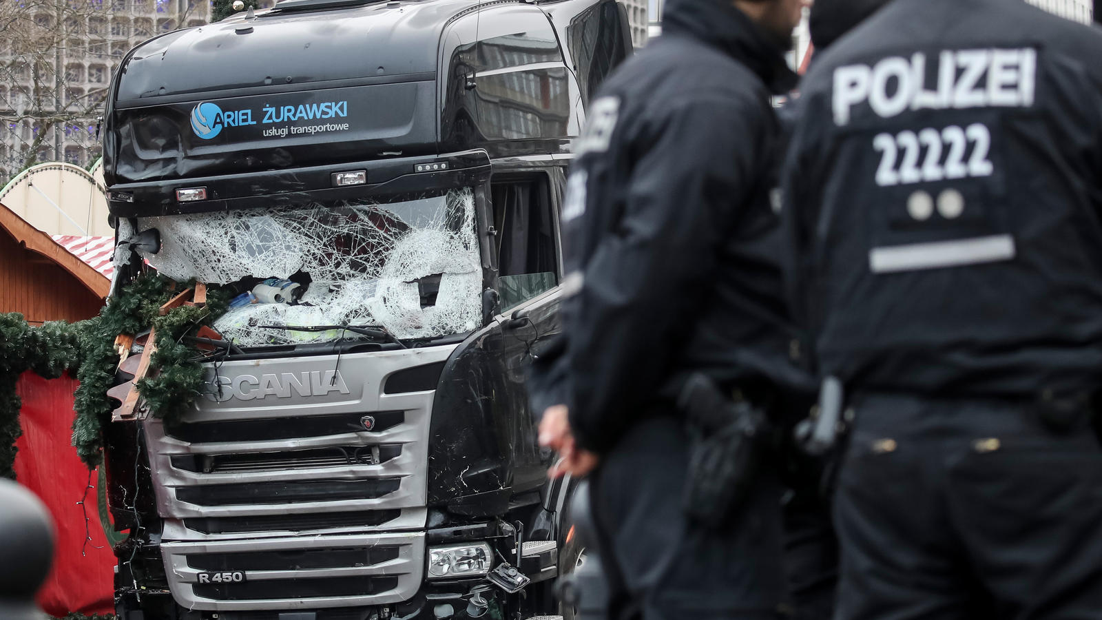 Berliner Terrorlaster immer noch beschlagnahmt: Polnischem Spediteur droht die Pleite