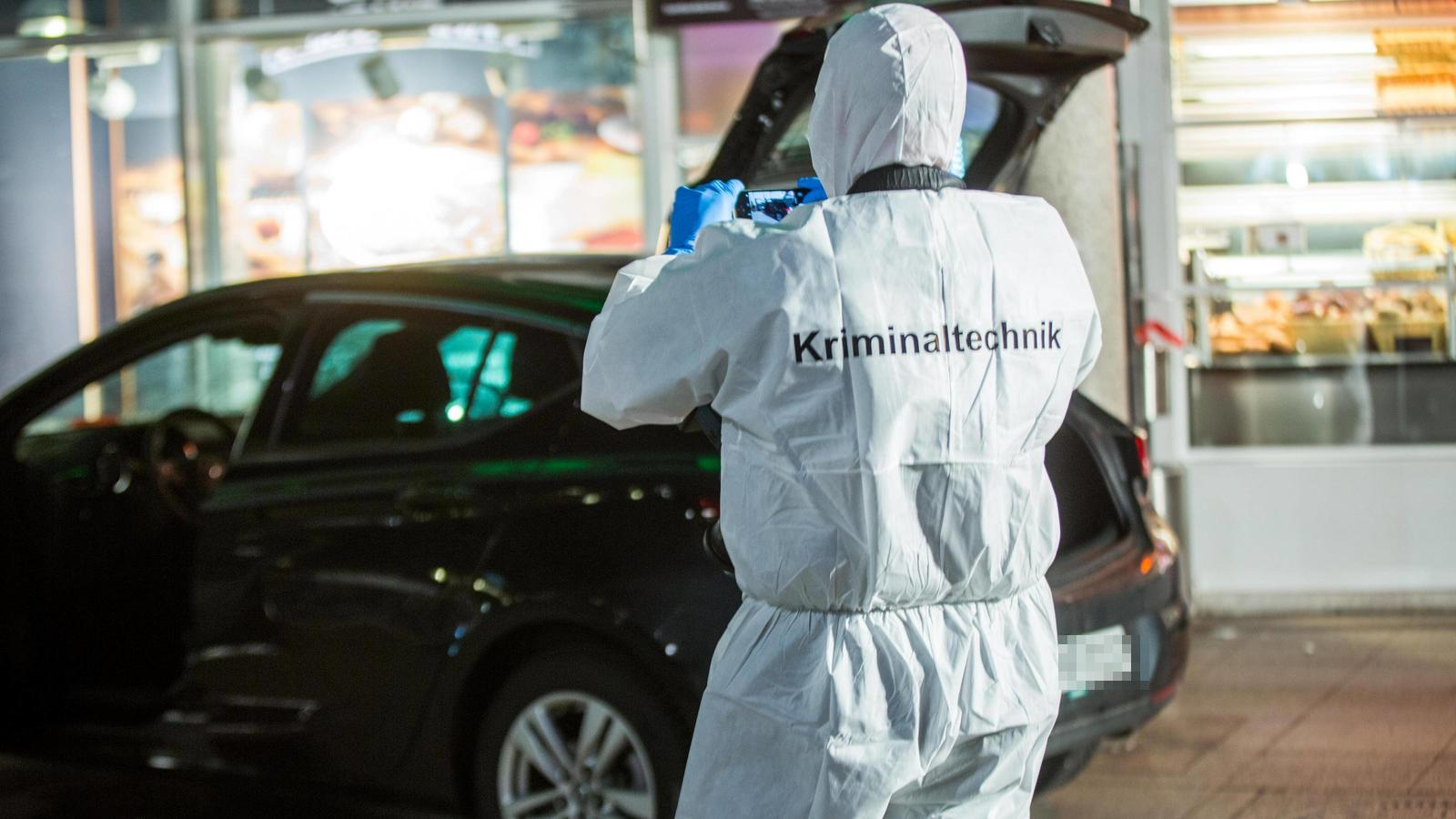 Mann rast mit Auto in Menschenmenge in Heidelberg - Drei Verletzte