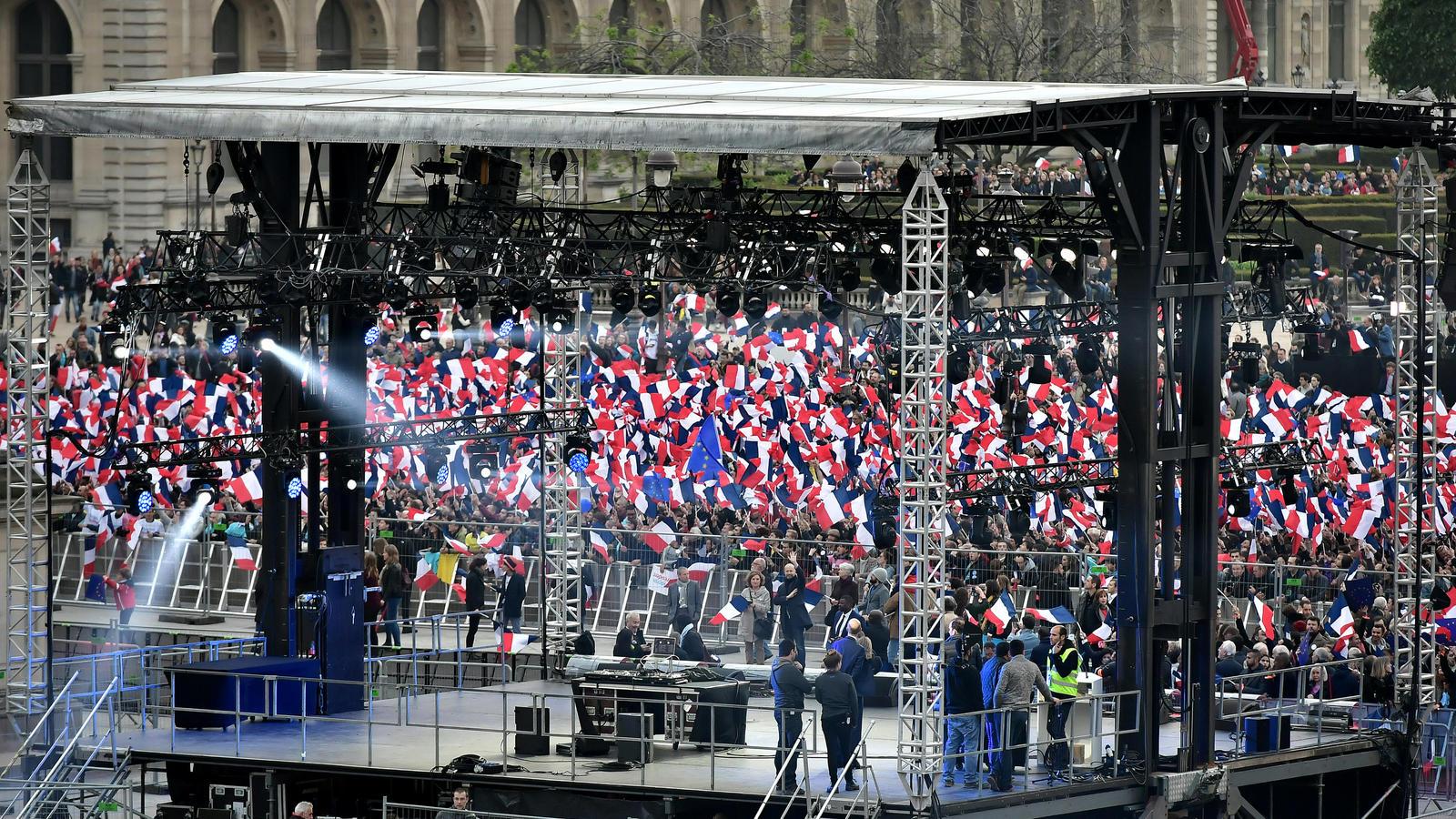 Franzosen stimmen über neuen Präsidenten ab