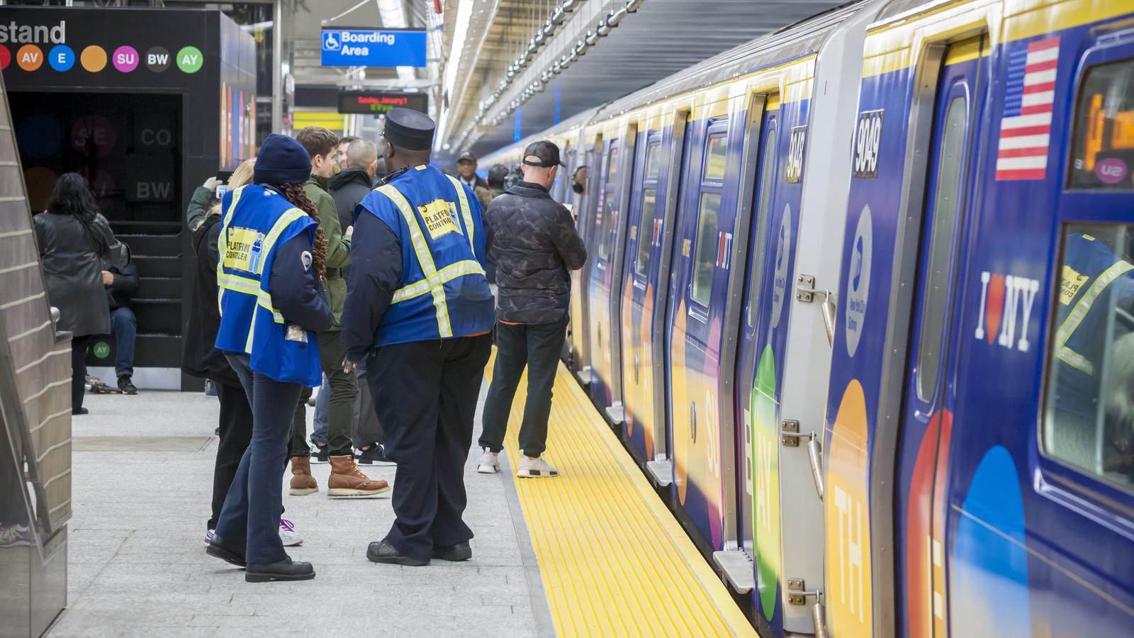 Dutzende Leichtverletzte wegen entgleister U-Bahn in New York