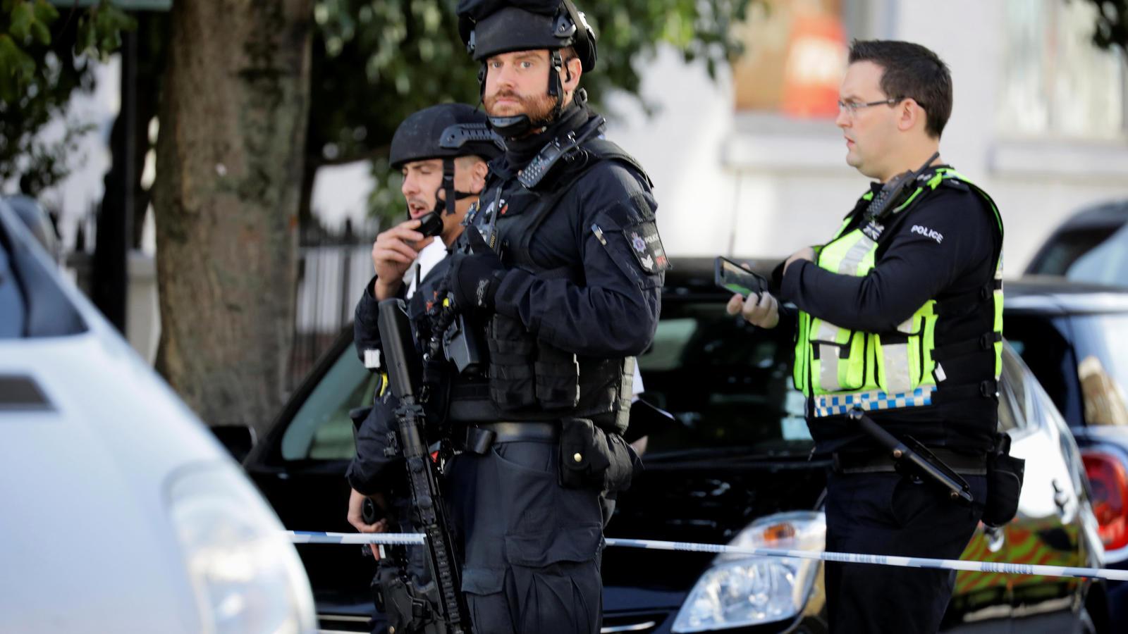 Berichte über Explosion und Verletzte in Londoner U-Bahn