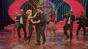 Sylvie und Daniel tanzen zum Grease-Medley