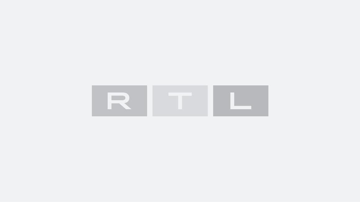 Tine Wittler Immer Handschuhe An : Bei Sturm besteht Lebensgefahr! Hier bricht alles zusammen 000627