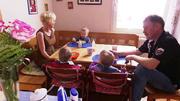 Fünfköpfige Familie bekommt kein Geld mehr vom Amt