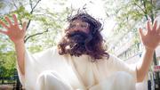 Oh Gott! Manuel Sass macht auf Jesus