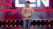 """Yauheni Kaplan singt """"TV Makes A Superstar"""""""