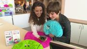 GZSZ-Stars kuscheln für den Spendenmarathon