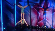 Akrobatinnen Sarah & Antonia punkten bei der Jury