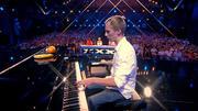 """Musiker Thomas punktet mit """"lustigem"""" Klavierspiel"""