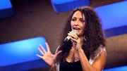 Asia Abu Saleh überrascht die Jury mit einem Schlagersong