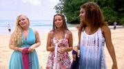 Manuela, Jessica & Lindsay erörtern die Kleiderfrage