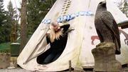 Sandra Berger nächtigt wie eine echte Indianerin