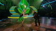 Thomas Häßler und Regina Luca tanzen einen Jive