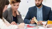 Ausbildung vs. Studium - Wann verdient man mehr?