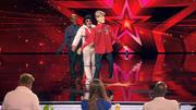 Ion lässt die Jury-Puppen tanzen