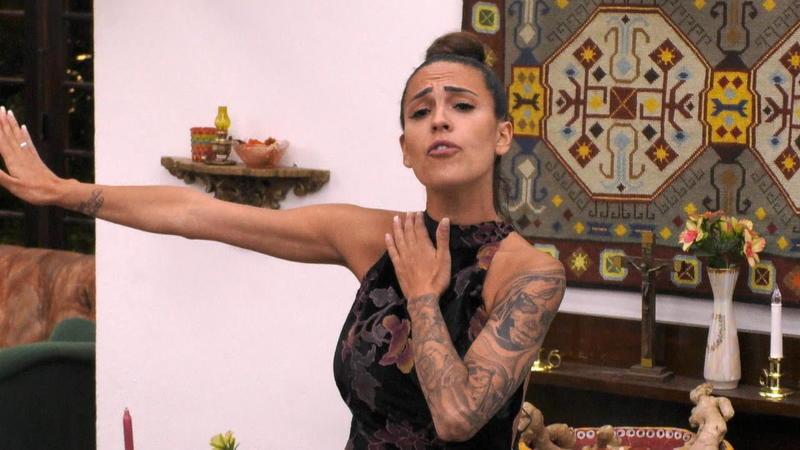 Dschungelcamp 2020 - Elena Miras will ein großes Geheimnis verraten