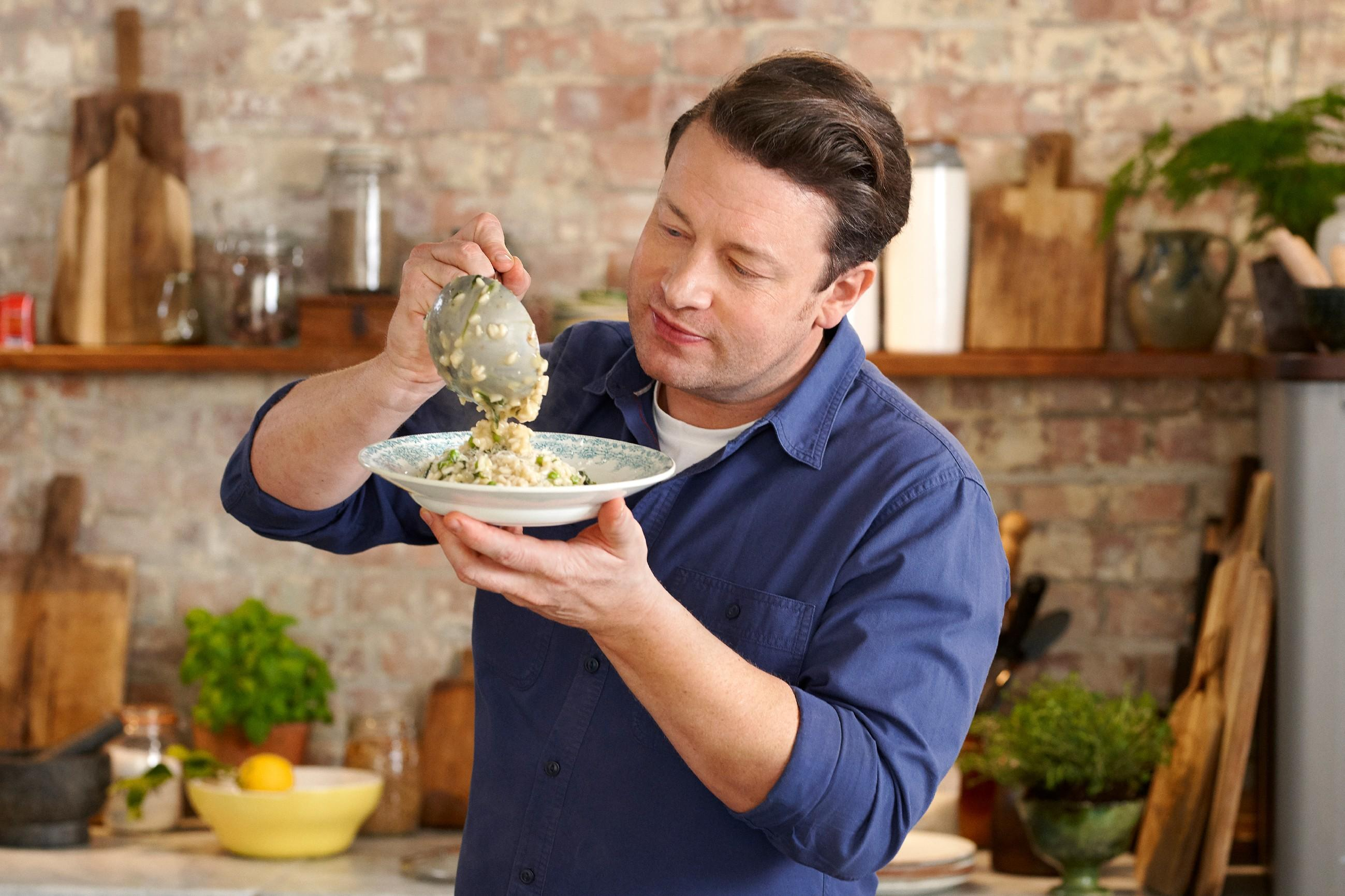 Jamie Oliver: Keep Cooking and Carry On
