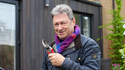 Alan Titchmarsh - Love your Home & Garden