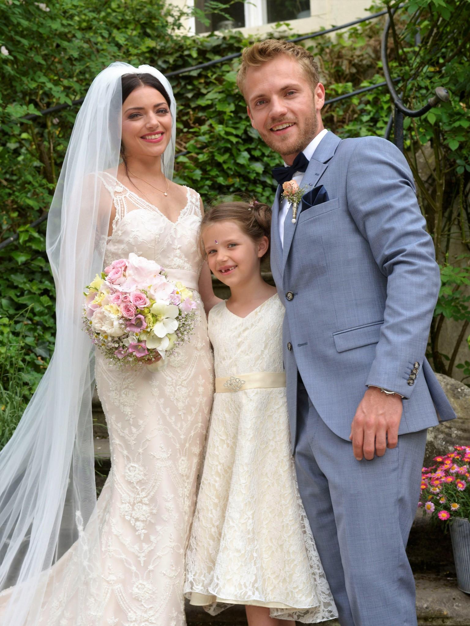 Gzsz Hochzeit So Romantisch Heiraten Emily Paul