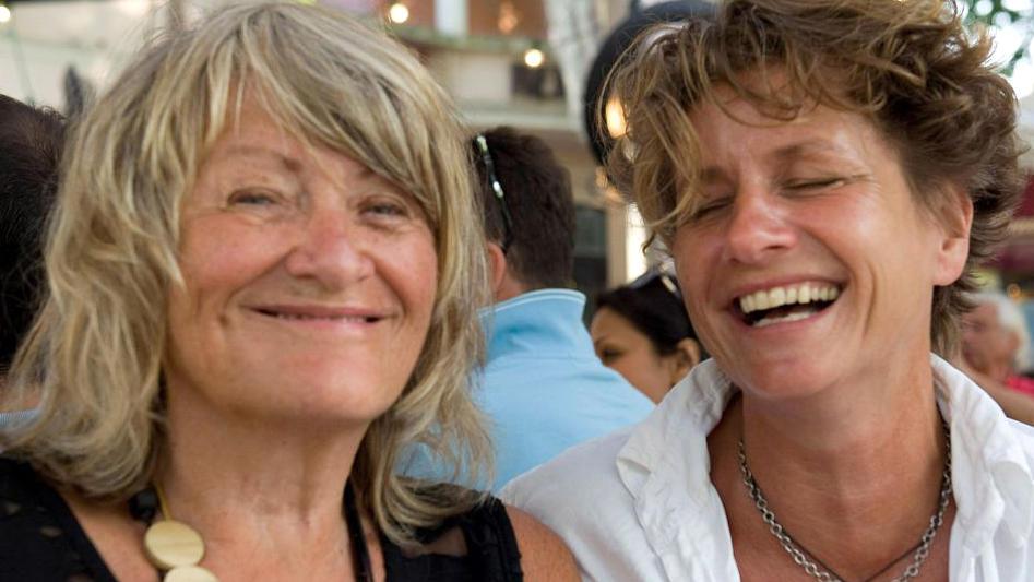 Alice Schwarzer hat ihre Lebensgefährtin geheiratet