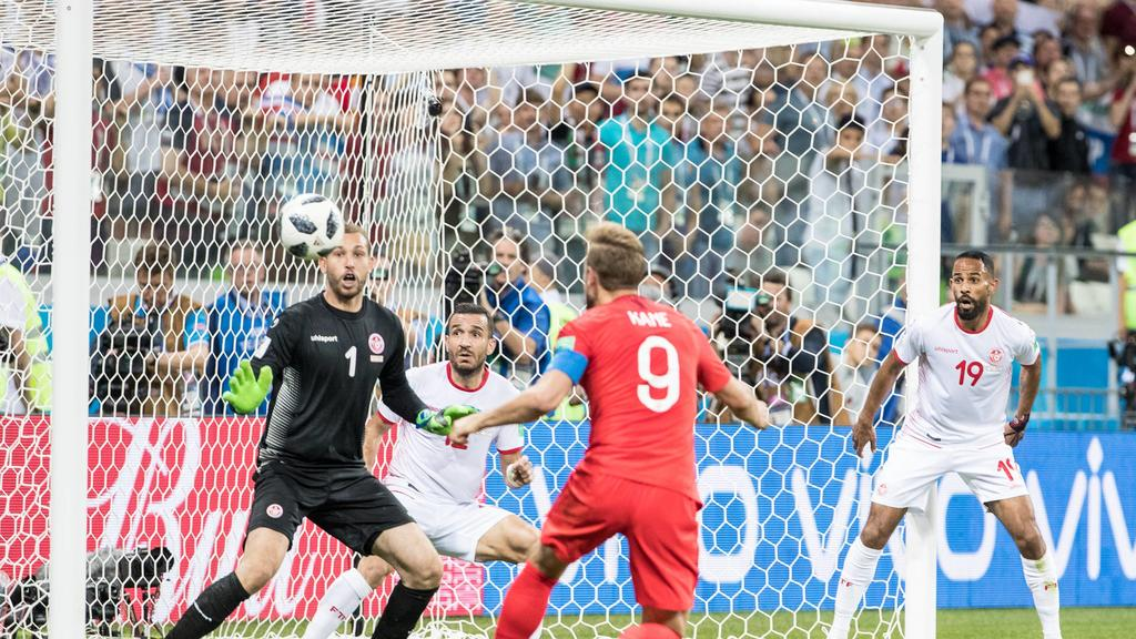 Harry Kane of England scores the winner 2-1 during the 2018 FIFA World Cup WM Weltmeisterschaft Fussball Russia match between Tunisia and England at the Volgograd Arena, Volgograd, Russia on 18 June 2018. PUBLICATIONxNOTxINxUK Copyright: xPeterxDovga