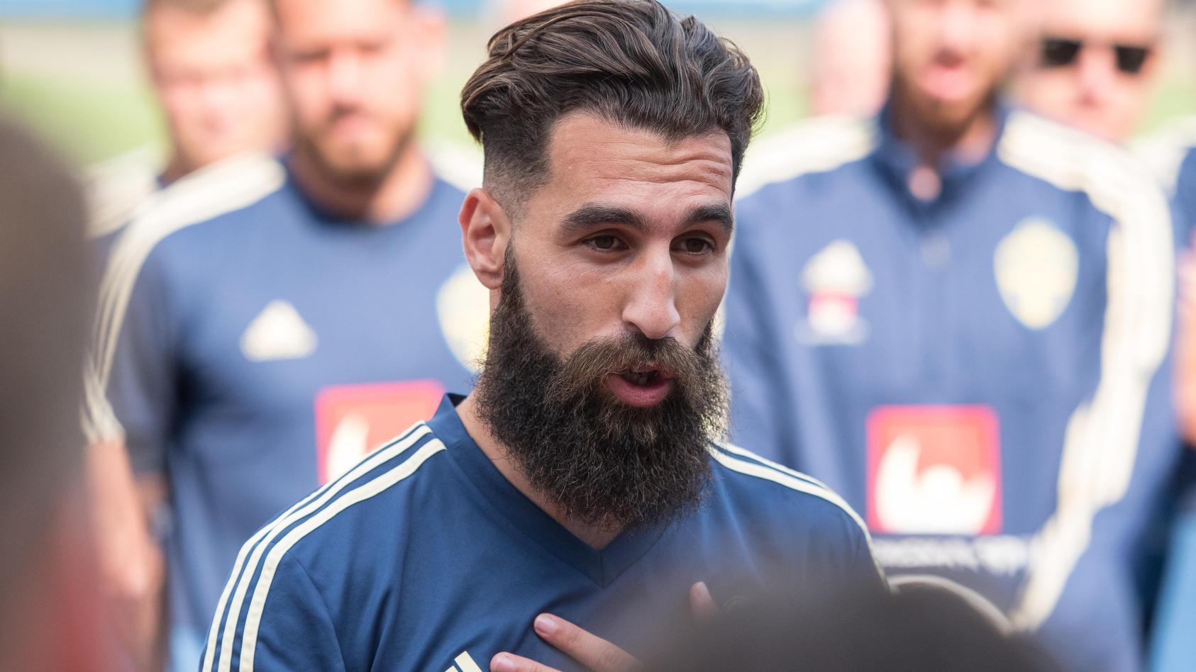 Der türkisch-stämmige Schwede Jimmy Durmaz hatte beim 1:2 der Schweden gegen Deutschland den entscheidenden Freistoß verursacht