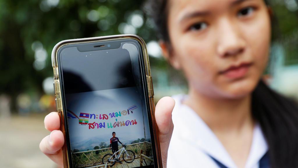 Fußballmannschaft in Thailand in Höhle verschollen