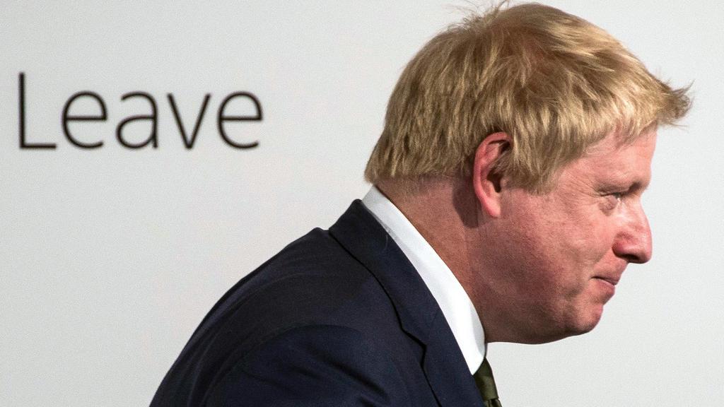 ARCHIV - 09.05.2016, Großbritannien, London: Boris Johnson, bisdheriger Außenminister Großbritanniens, spricht während einer Veranstaltung von EU-Gegnern. (zu dpa «Dominic Raab soll neuer Brexit-Minister werden» vom 09.07.2018 - RECROP) Foto: Will Ol