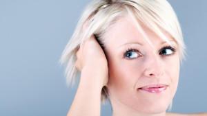 Ob kurz oder lang: Frisuren sind das Markenzeichen einer jeden Frau.