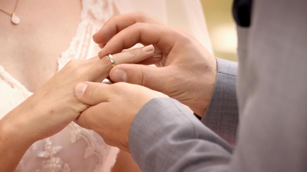 GZSZ: Hochzeit von Emily und Paul