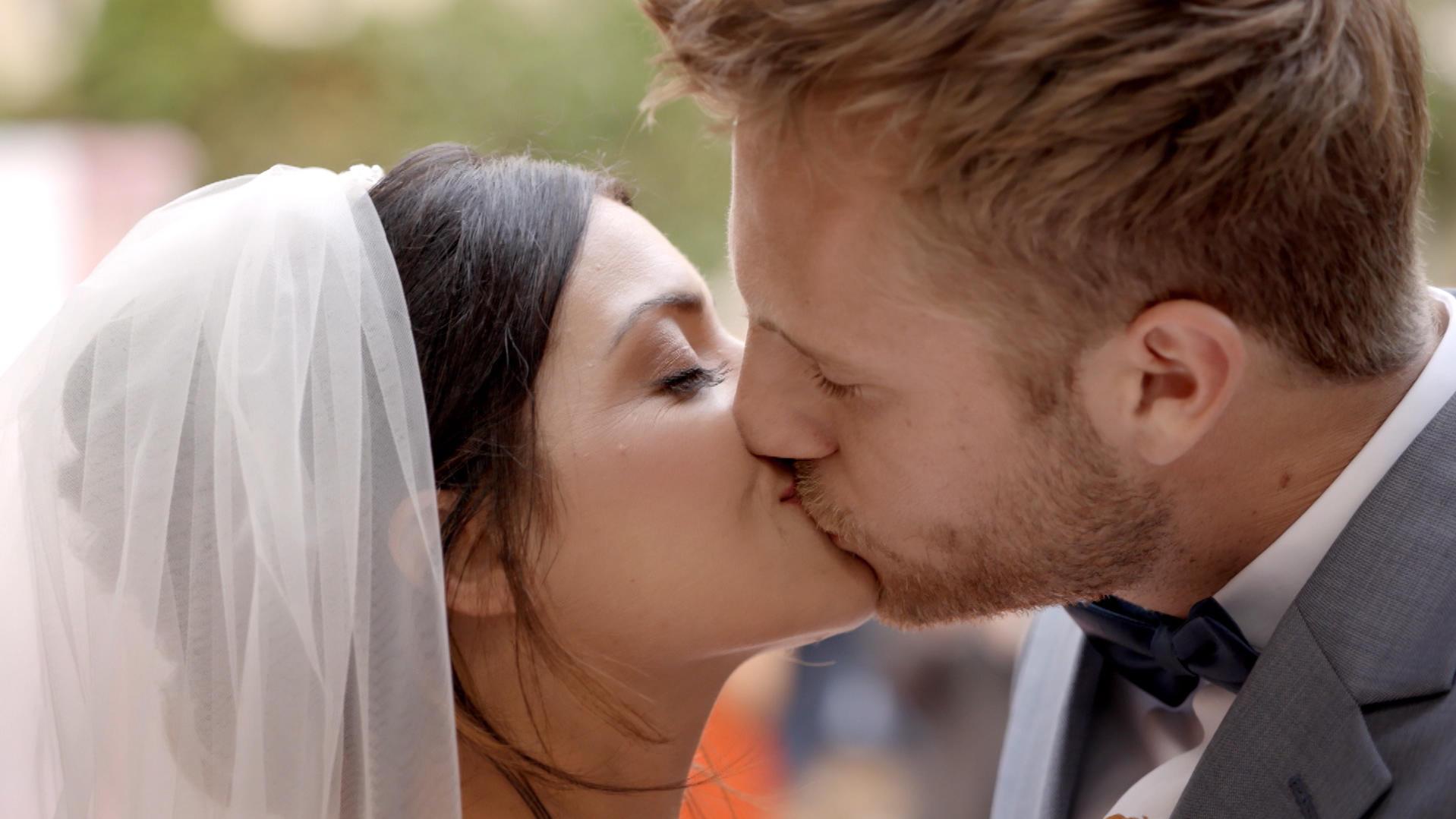 Gzsz Folge 6569 Vom 09 08 2018 Emily Und Paul Feiern Ihre Romantische Hochzeit