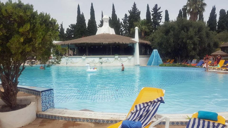 Hotel-Pool in Tunesien