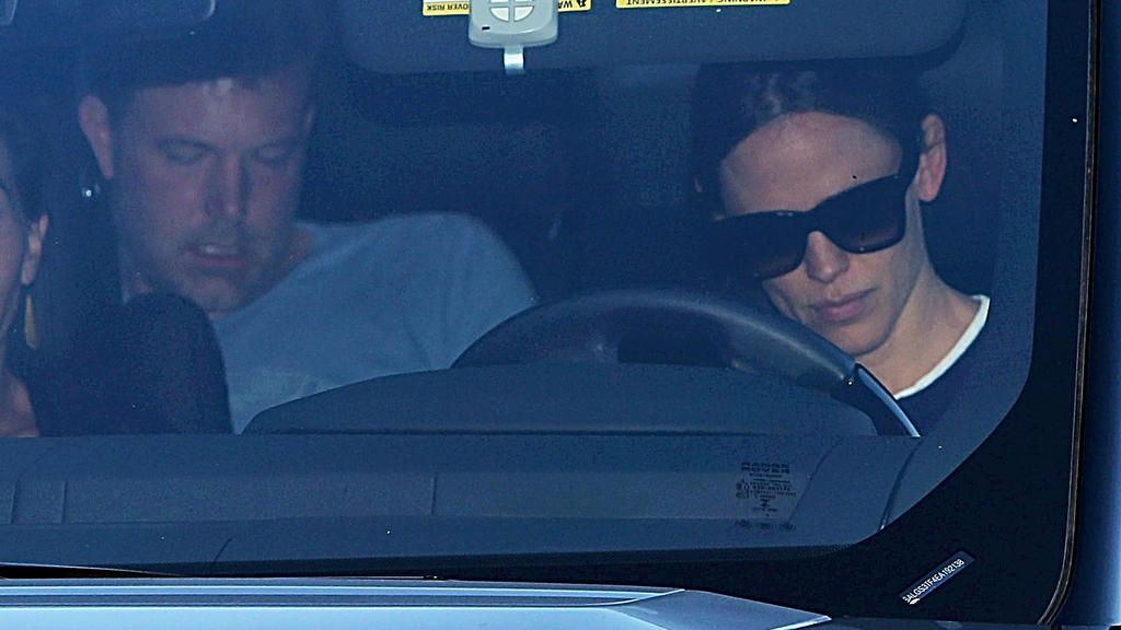 Ben Affleck is rushed to rehab by ex Jennifer Garner after an intervention at his home in Brentwood, CA. Affleck sat in the back of Jennifer's car on the way to the Malibu treatment center. They stopped at Jack In The Box for take-out on the way.Pict
