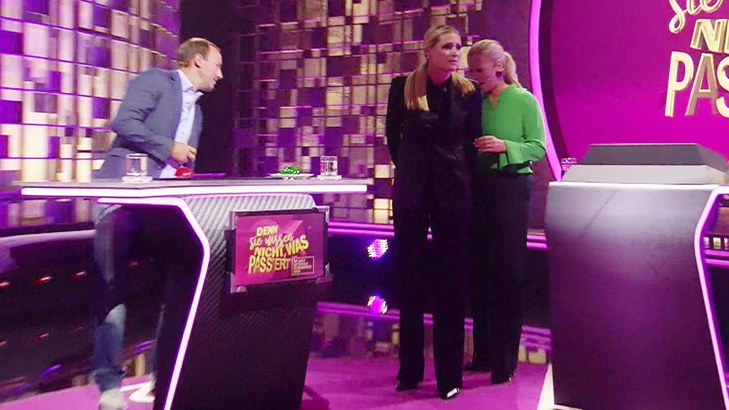 Oh je! Da reißt Michelle Hunziker mitten in der Sendung glatt die Hose.
