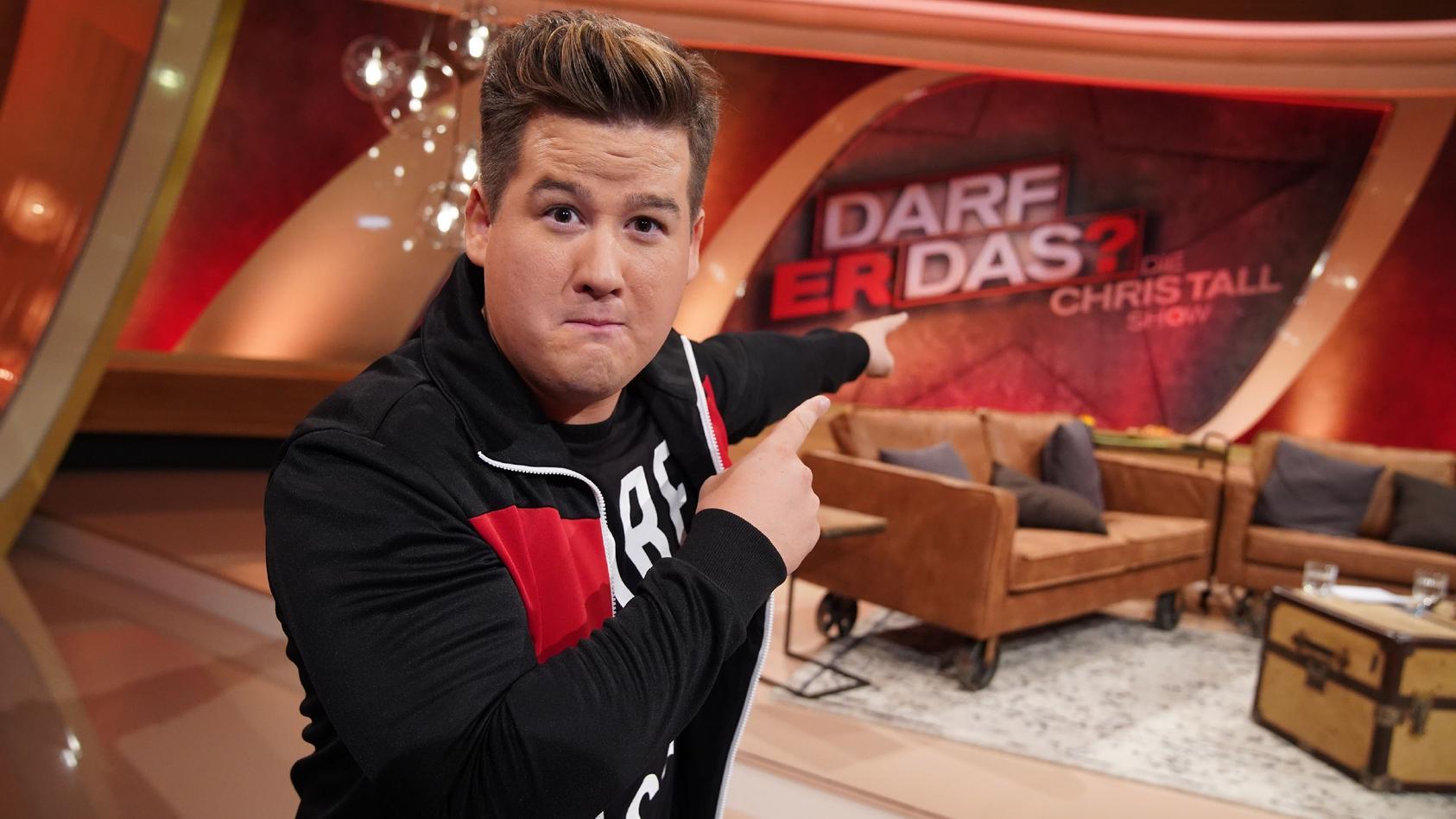 """Comedian Chris Tall bei seiner neuen Show """"Darf er das? - Die Chris Tall Show""""."""