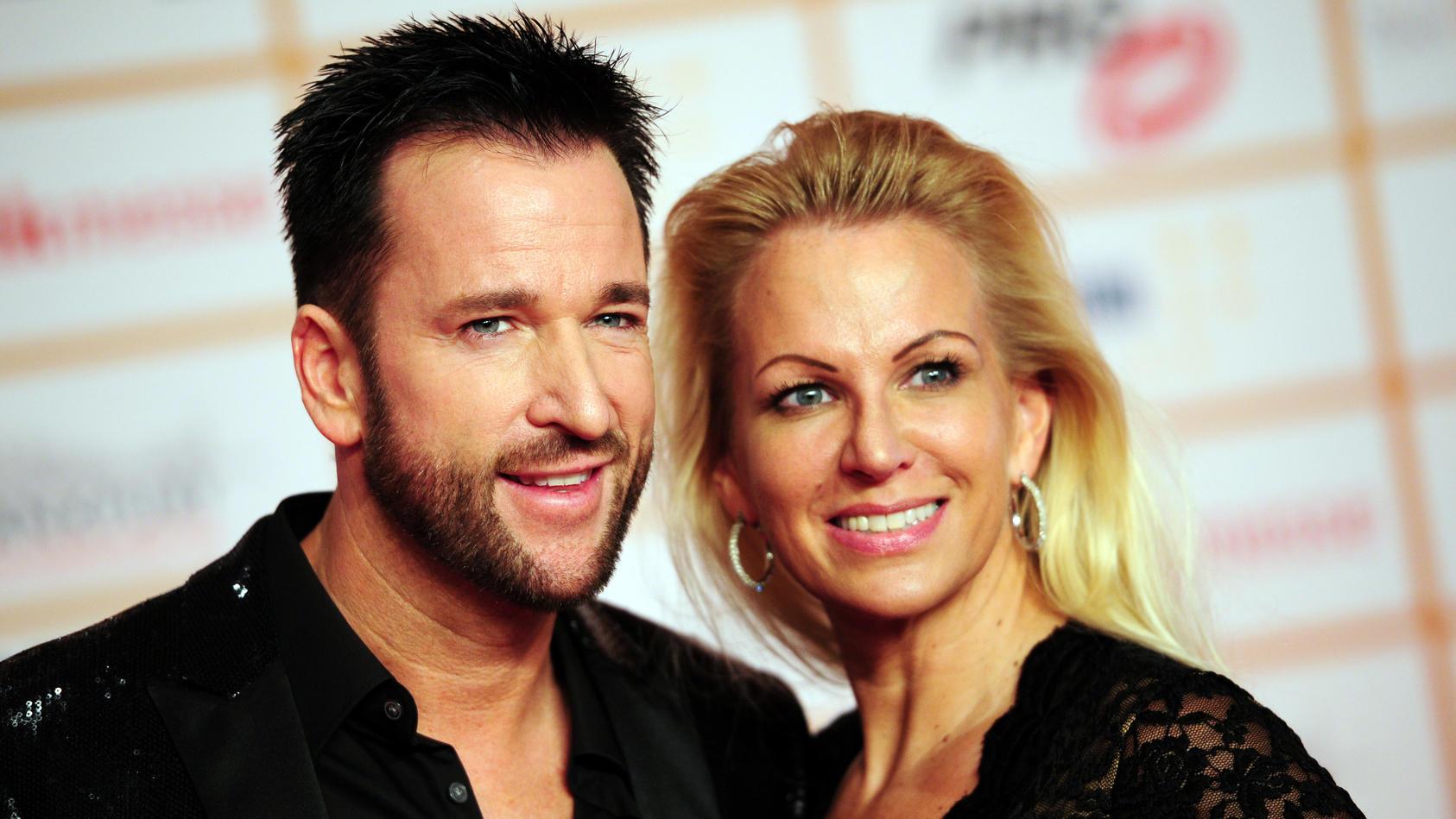 Damals waren Michael Wendler und Claudia Norberg ein glückliches Ehepaar. Jetzt sind die beiden offiziell geschieden.