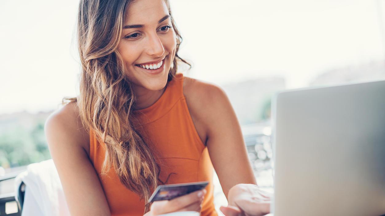 Onlineshop-Kunden sparen während der Cyber Week kräftig.