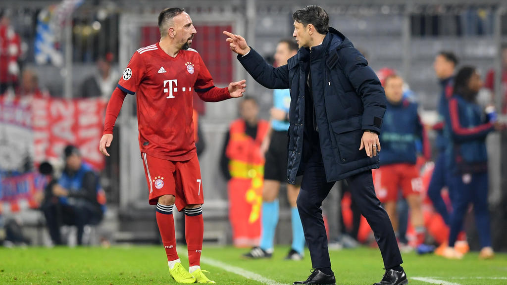 MUNICH, GERMANY - NOVEMBER 07: Niko Kovac, Manager of Bayern Munich speaks to Franck Ribery of Bayern Munich during the UEFA Champions League Group E match of the  between FC Bayern Muenchen and AEK Athens at Fussball Arena Muenchen on November 7, 20