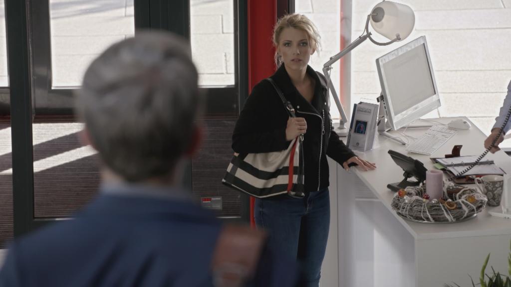 GZSZ: Lilly trifft Dr. Brückner wieder. Wird er ihrem Freund helfen?