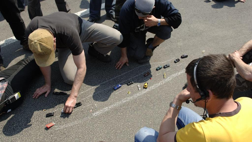 Alarm für Cobra 11: Stunt wird mit Spielzeugautos durchgespielt