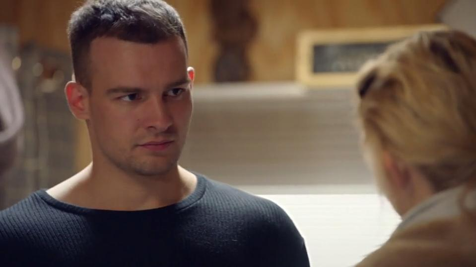 GZSZ: Chris und Lilly beraten sich