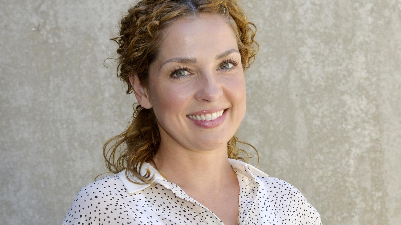 Bei GZSZ spielt Schauspielerin Maria Wedig die Rolle der Nina Ahrens.