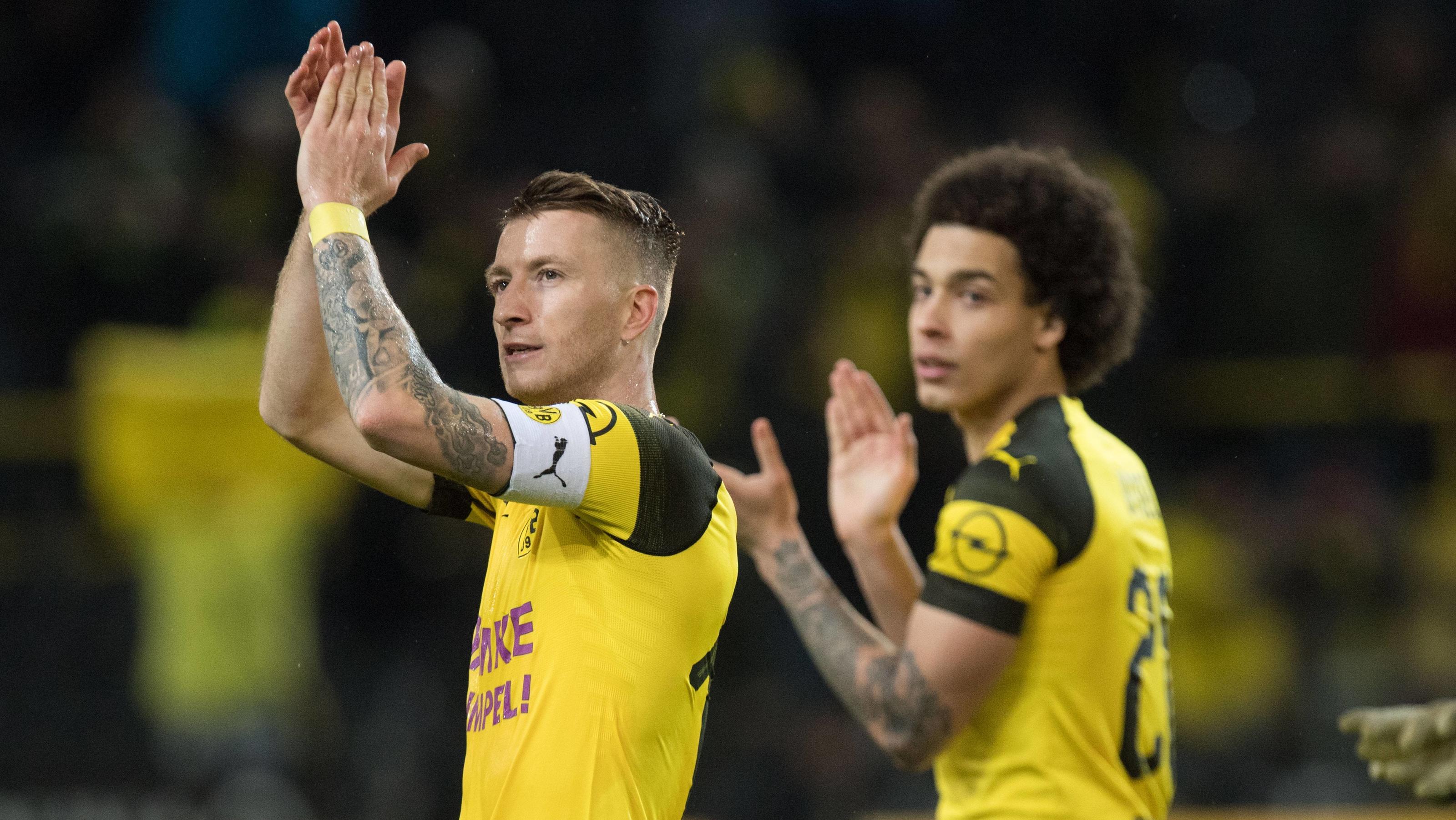Bvb Frohe Weihnachten.Bundesliga So Feierten Borussia Dortmunds Stars Um Marco