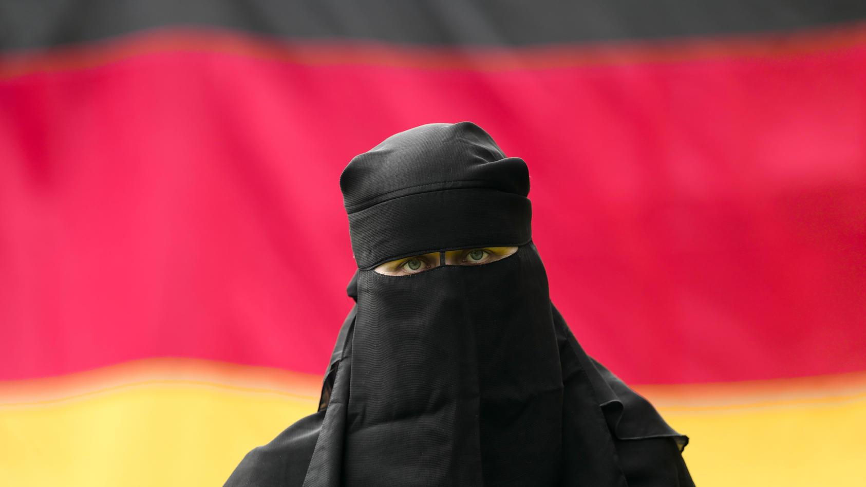 Frau mit Nikab (Symbolfoto).