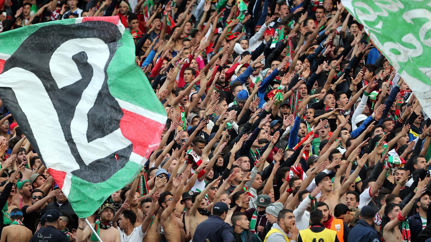 Fans in Algerien